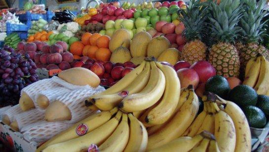 Как правильно питаться в жаркую погоду: советы диетологов