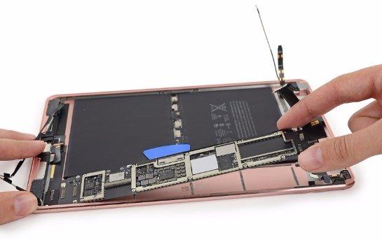 Проще купить новый iPad Pro, чем починить старый, - мнение экспертов