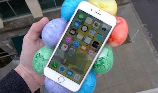 Видеоблогер «уронил» iPhone 6s с 30 метров в чехле из яиц