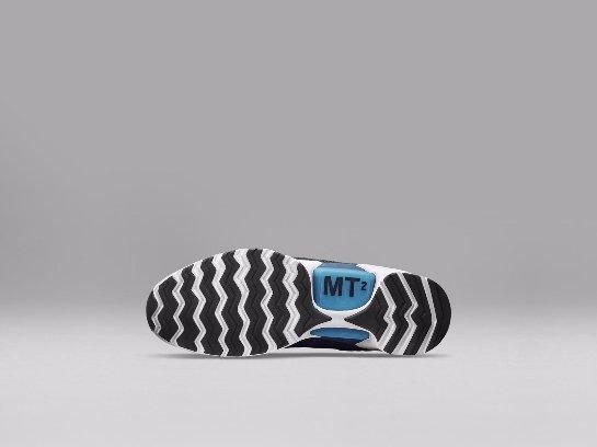 В продажу поступят первые в мире кроссовки с автоматической шнуровкой